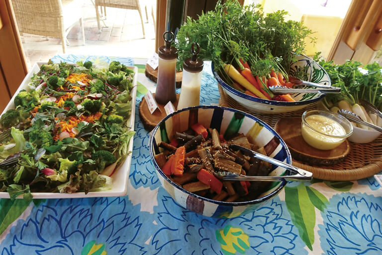 野菜をふんだんに使った料理